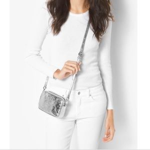 NWOT Michael Kors small crossbody Silver